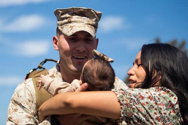 Marine Meets Daughter