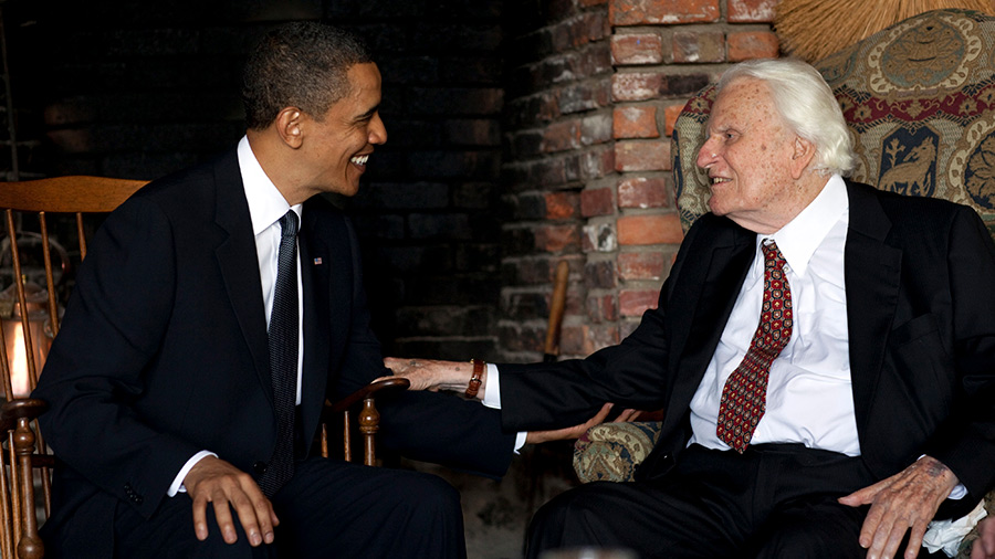 President Barack Obama meets with Billy Graham, 91, at his mountainside home in Montreat, N.C., Sunday, April 25, 2010.