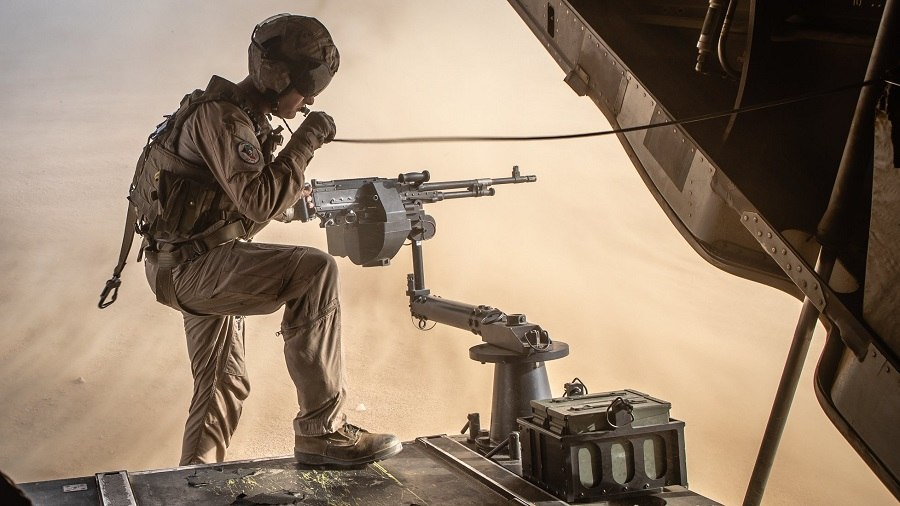 Military Photo of the Day: Manning the Guns for a Tactical Recovery Exercise | The Stream