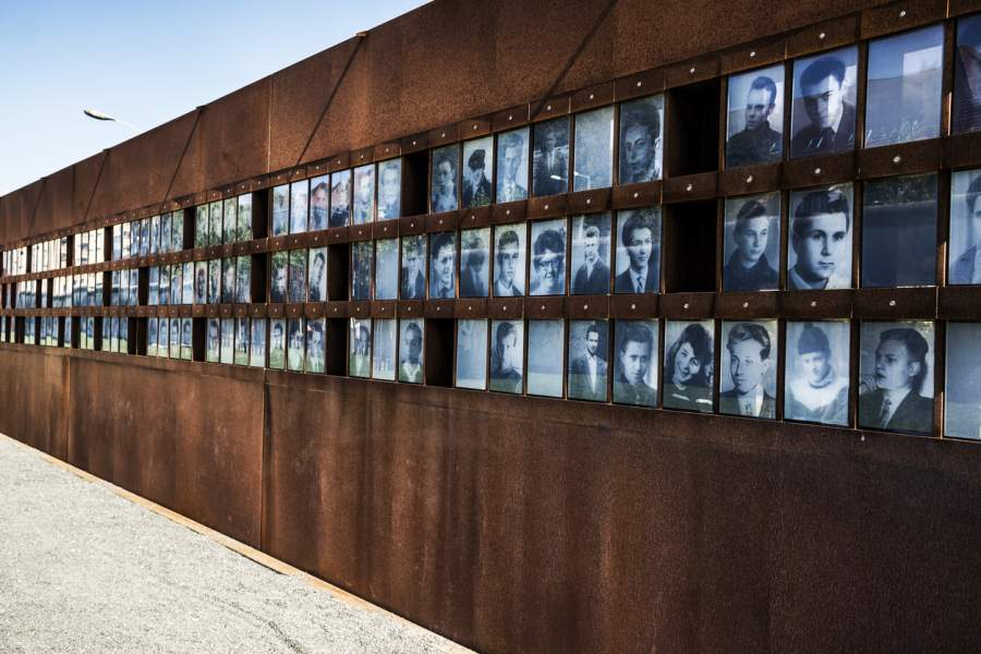 Substack: A Crack in Our Media's Berlin Wall | The Stream