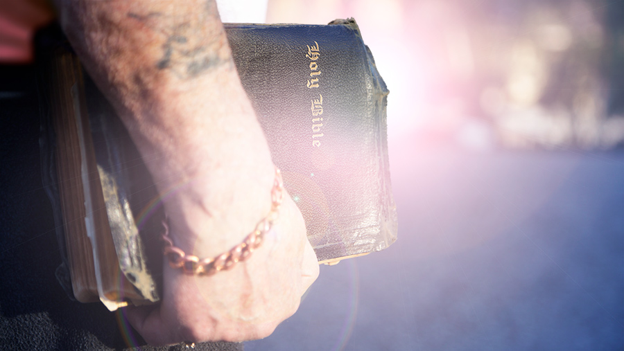 """holy spirit and servant evangelism Compel them evangelism, soul winning and revival """"then the master said to the servant, 'go out into the highways and hedges, and compel them to come in, that my house may be filled""""luke 14:23 (nkjv."""