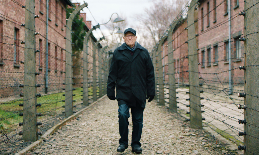 Holocaust Survivor Irving Roth: 'I Am Seeing Signposts on the Road to Auschwitz' (stream.org)