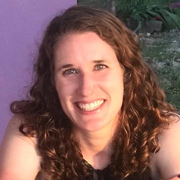 Jennifer Zilly Canales