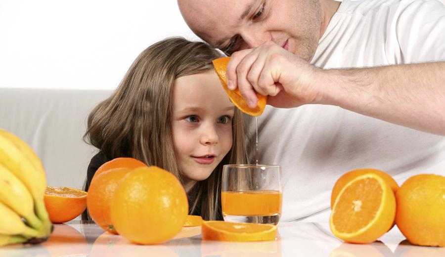 Making Orange Juice - 900