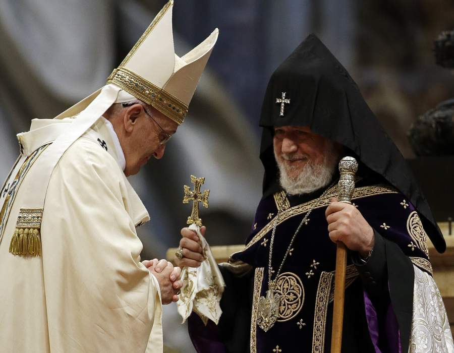 Pope Armenian Genocide__1428838702_173.57.57.10