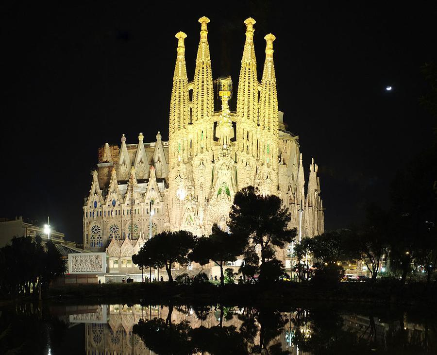 Sagrada Familia at Night. Photo taken in 2015