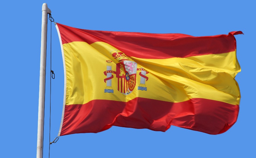 spain to fly flags at half mast to honor christ s death the stream