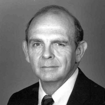 Earl Tilford