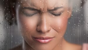 Upset Woman Angry Sad Rain - 900