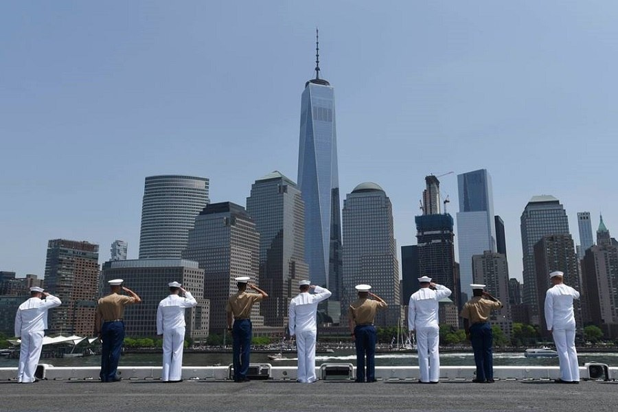 Military Photo Of The Day Fleet Week Salute To The Freedom Tower